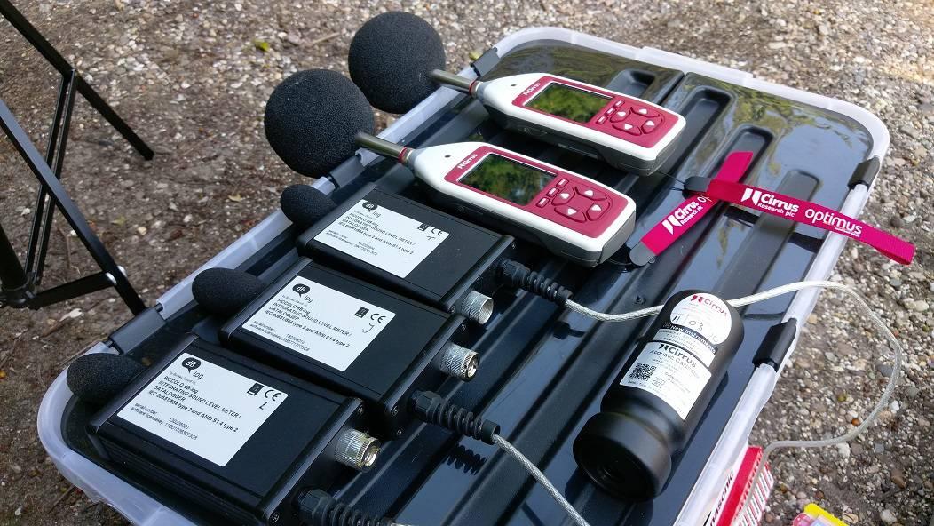 huren, verhuur, decibel meter, kalibrator, log systeem, live log, db brothers,